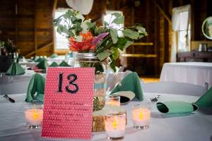 BarnWeddingPinkGreen
