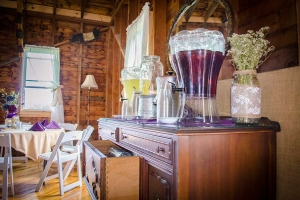 BarnWeddingDrinks
