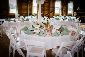 BarnWeddingGreen