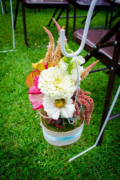 BarnWeddingFlowers2